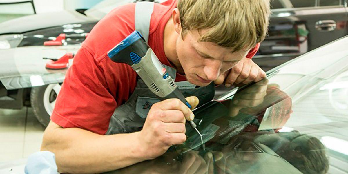 Лобовое стекло ремонт сколов и трещин своими