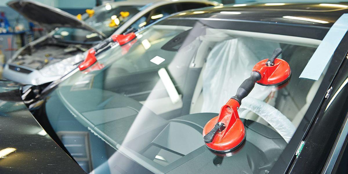 Замена лобового стекла авто